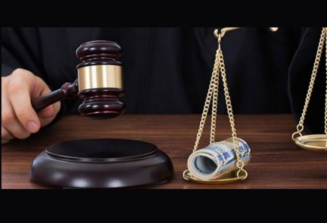 Предлагается создать институт финансового омбудсмена по правам потребителей