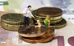 Какие есть виды компенсационных выплат?