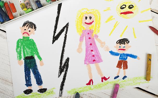 Жилищные права детей при разводе родителей защищены
