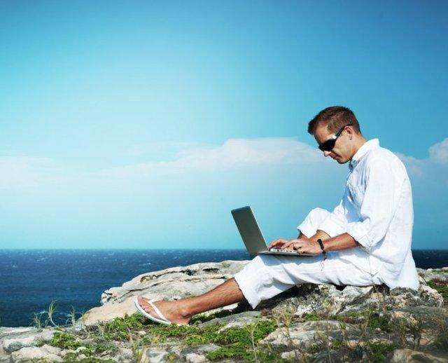 Как подать заявление на увольнение во время отпуска