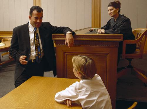 При разводе с кем остается ребенок